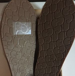 UGG Shoes - UGG *BRAND NEW* Abela Slippers